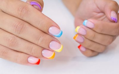 What is a Coloured French Manicure?